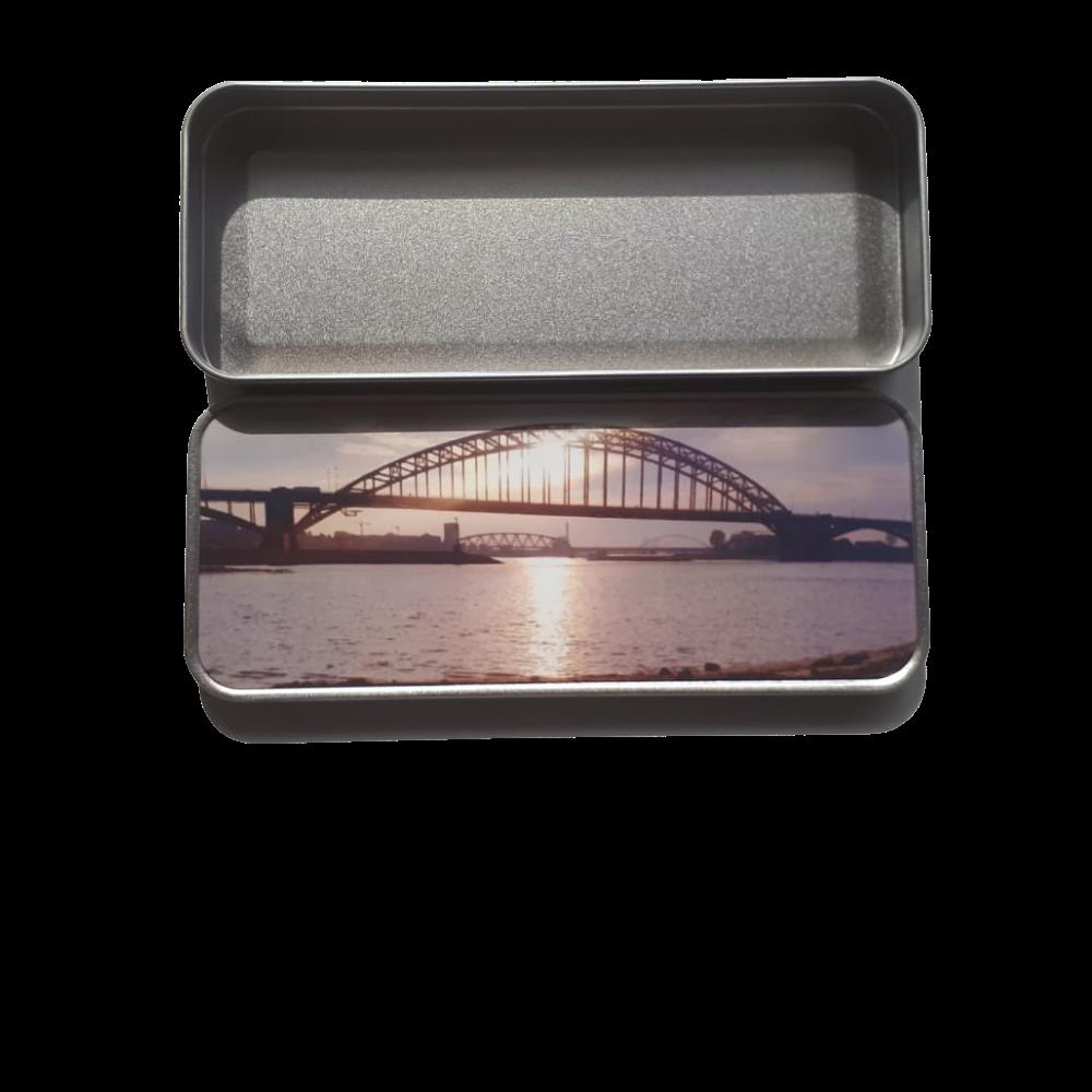 Pennenblik waalbrug bovenaanzicht