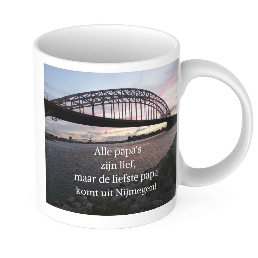 Alle-papas-zijn-lief-maar-de-liefste-papa-komt-uit-Nijmegen-mok-Nijmegen-mijn-stad